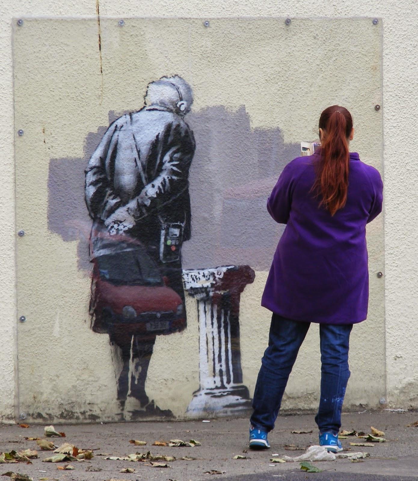 Martin Lloyd : Banksy -- here today, gone tomorrow.