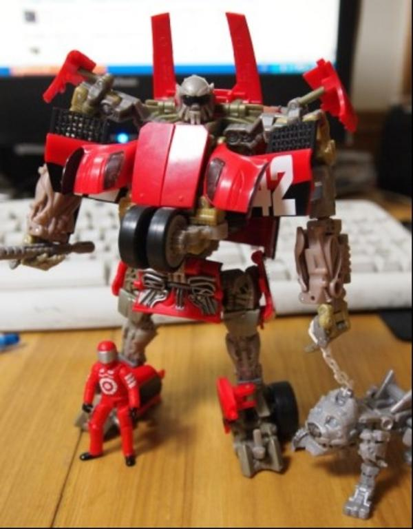 transformers dark of the moon toys mirage. This is a catch up of the toy