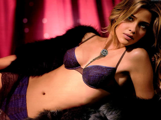 Ana Beatriz Barros HD Wallpaper -05
