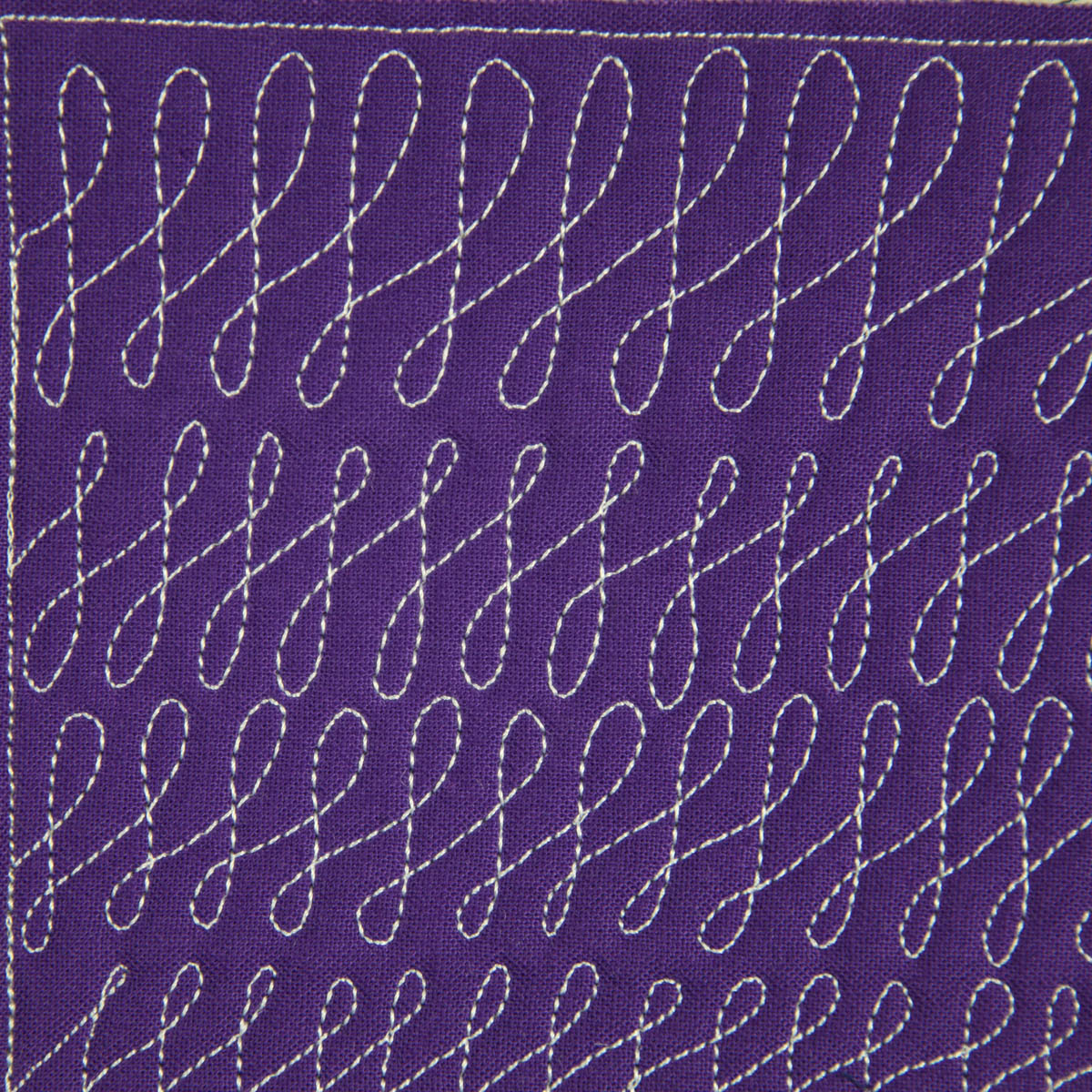 Free Motion Quilting Designs For Sashing : The Free Motion Quilting Project: Day 9 - Cursive F s