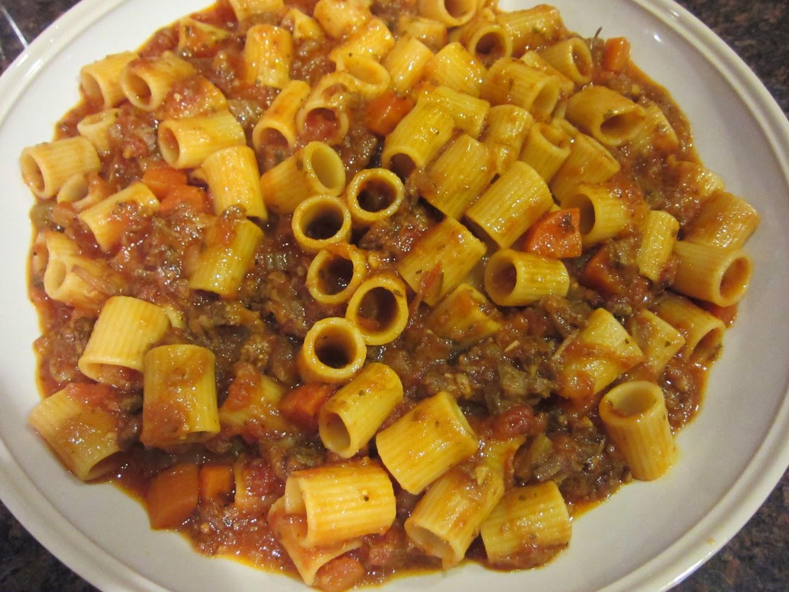 Tasty Eating: Cooking: Oxtail Ragu