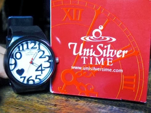 Unisilver Time 8 o' Hearts Series watch