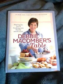 Debbie Macombers Table