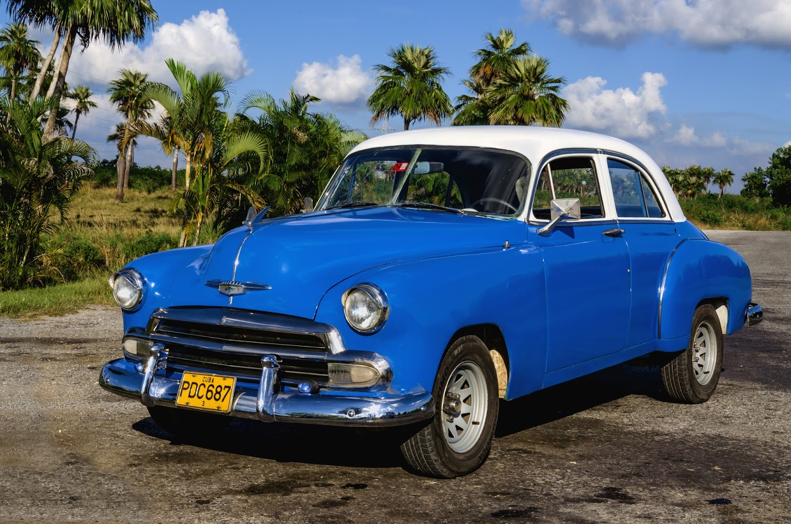 Vintage And Classic Car Blog November - Classic car studio tv show