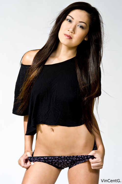 Vietnamese Celeb Model Mimi Le-03