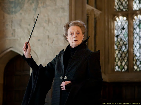 Top 5 Reasons I Want to be Maggie Smith When I Grow Up