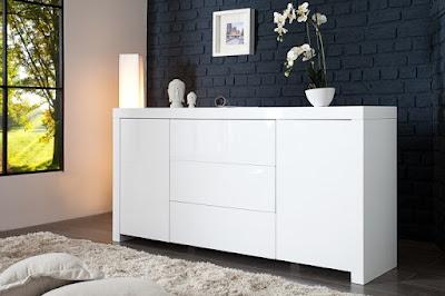 dizajnovy nabytok v bielej farbe, komody a skrinky reaction