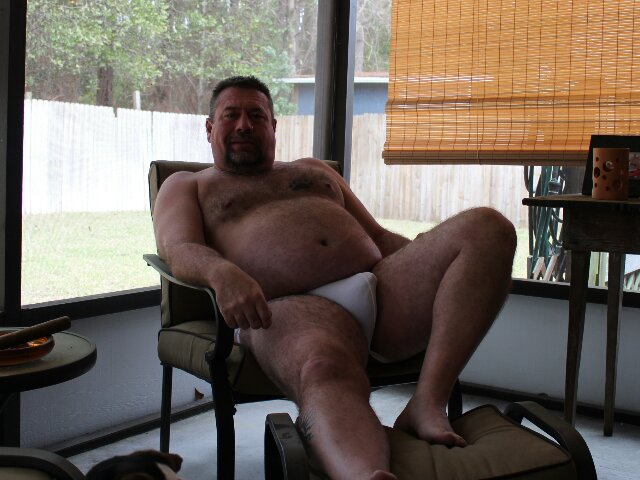 Beargarplay001 Hot Hairy Bear Plays with his Cock