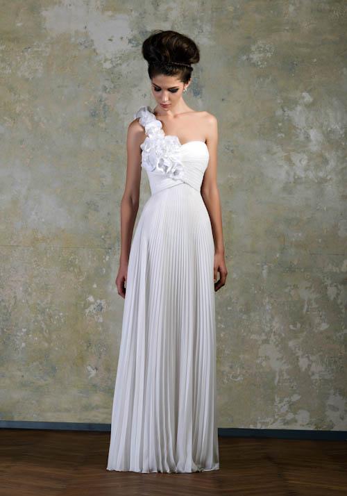 Exclusivos vestidos de novias | Colección Bien Savvy