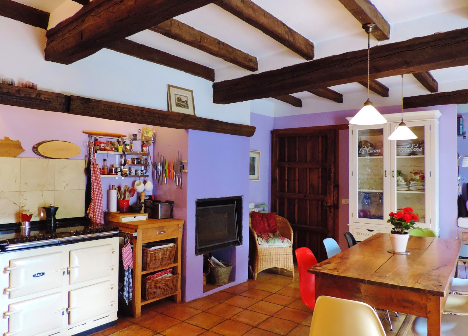 Casas y pisos en venta madrid gr re max cl sico servicios - Pared rustica interior ...