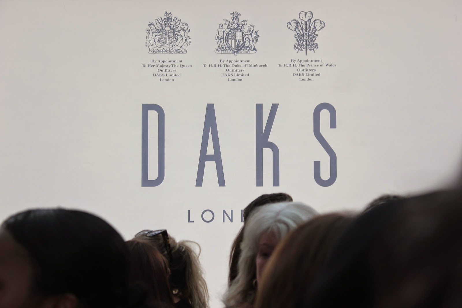 london-fashion-week-2014-lfw-DAKS-show-catwalk-spring-summer-2015-models-clothes-fashion