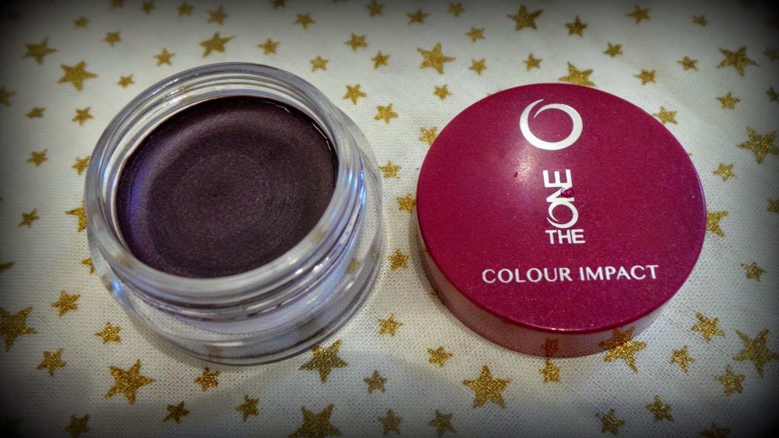 cream eyeshadow in plum
