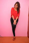 Madhu shalini latest glam pics-thumbnail-2