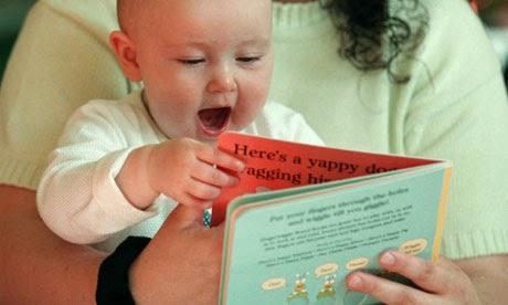 Manfaat Membaca Untuk Bayi
