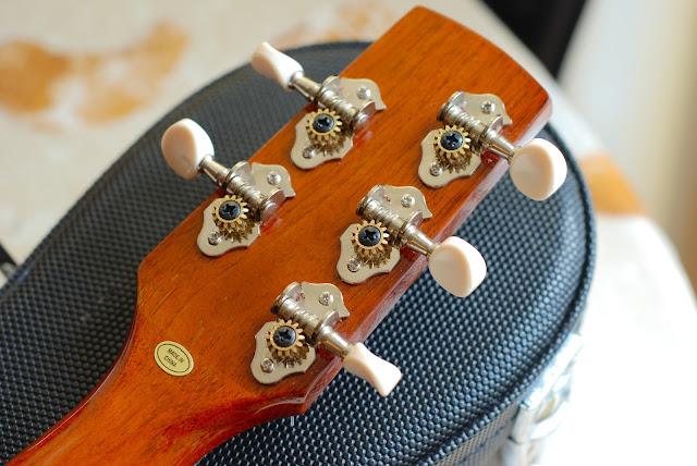 Ohana TK-35G-5 Tenor 5 string ukulele tuners