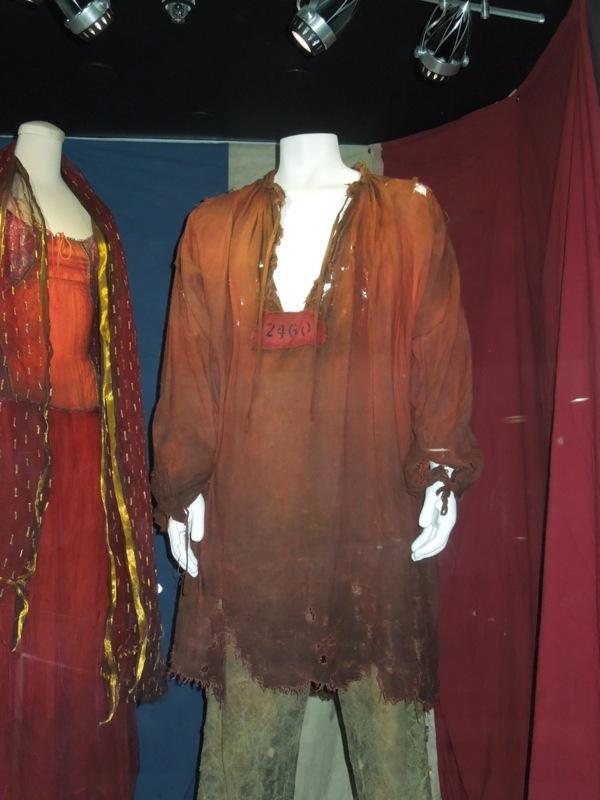 Hugh Jackman Les Miserables Jean Valjean prison costume