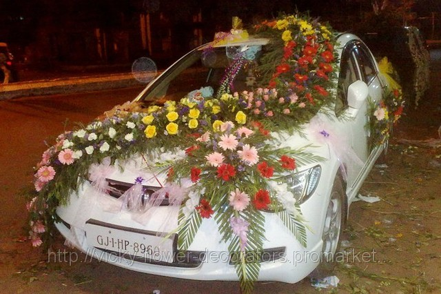 Vicky flower decorators we use fresh and colorful flowers for wedding car decoration that is directly purchase from the flower market we provides economical and expensive both junglespirit Choice Image