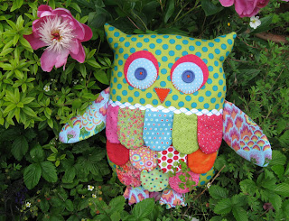 Fabric owl in spotty fabrics