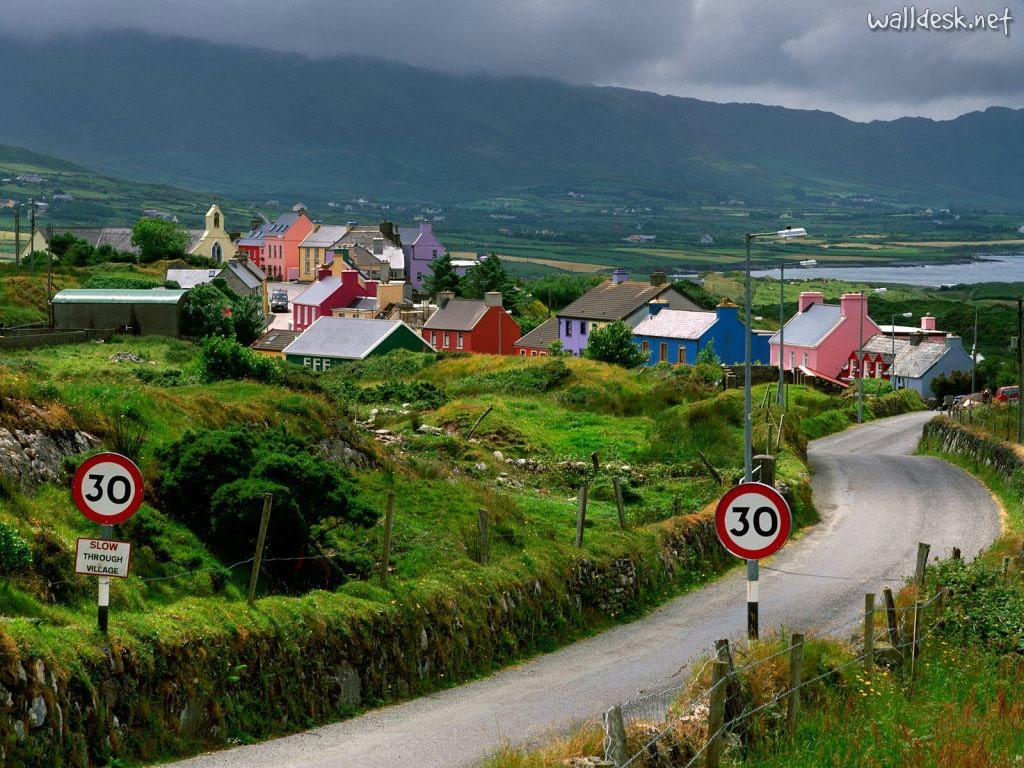 http://2.bp.blogspot.com/-dBPCabX9_Sc/TbaNoGaCBrI/AAAAAAAAAN0/euavtWJL9XM/s1600/Allihies-County-Cork-Ireland.jpg