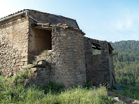 La tina situada en l'angle nord-oest de Les Berengueres