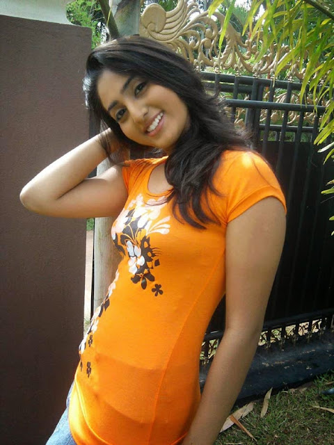 vinu%2Budani%2Bsiriwardana%2Bderana%2Bmiss Miss Sri Lanka 2012 Vinu Udani Siriwardanas Hot Photo Collection