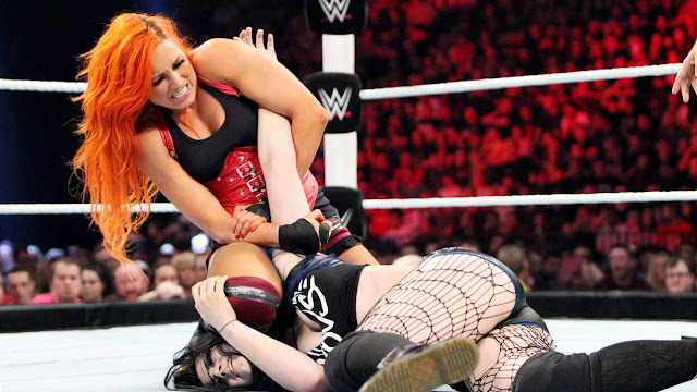 Paige vs. Becky Lynch - Monday Night Raw