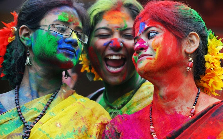Happy Holi 140 Words SMS 2015