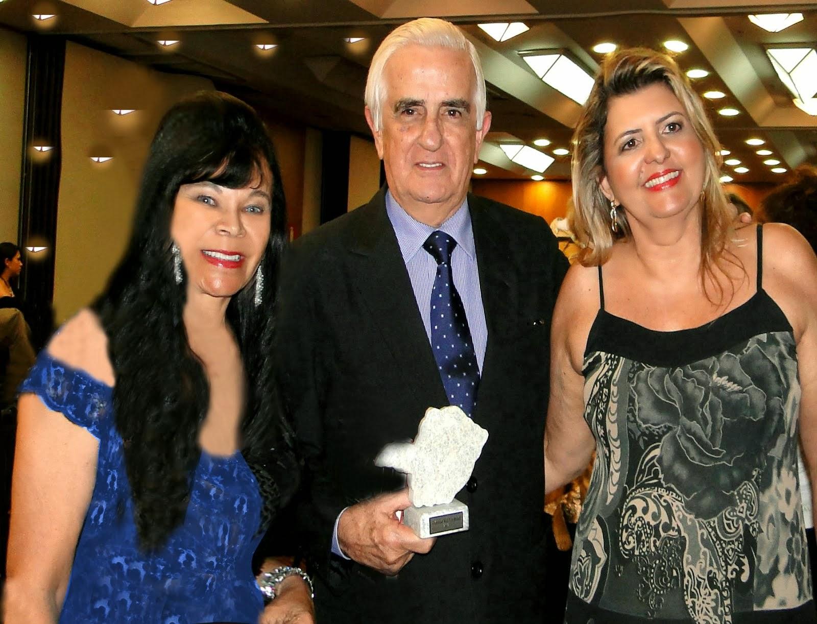 """Festa """"DESTAQUE MULHERES MINEIRAS"""