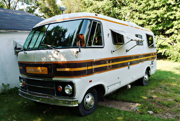 Old Dodge Motorhomes http://nextstoplunch.blogspot.com/2011/07/our-newold-dodge-travco-motorhome.html