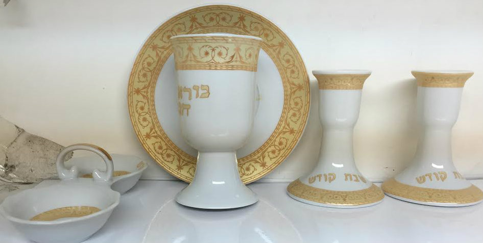 Copa kidush cerámica + candelabros + salero