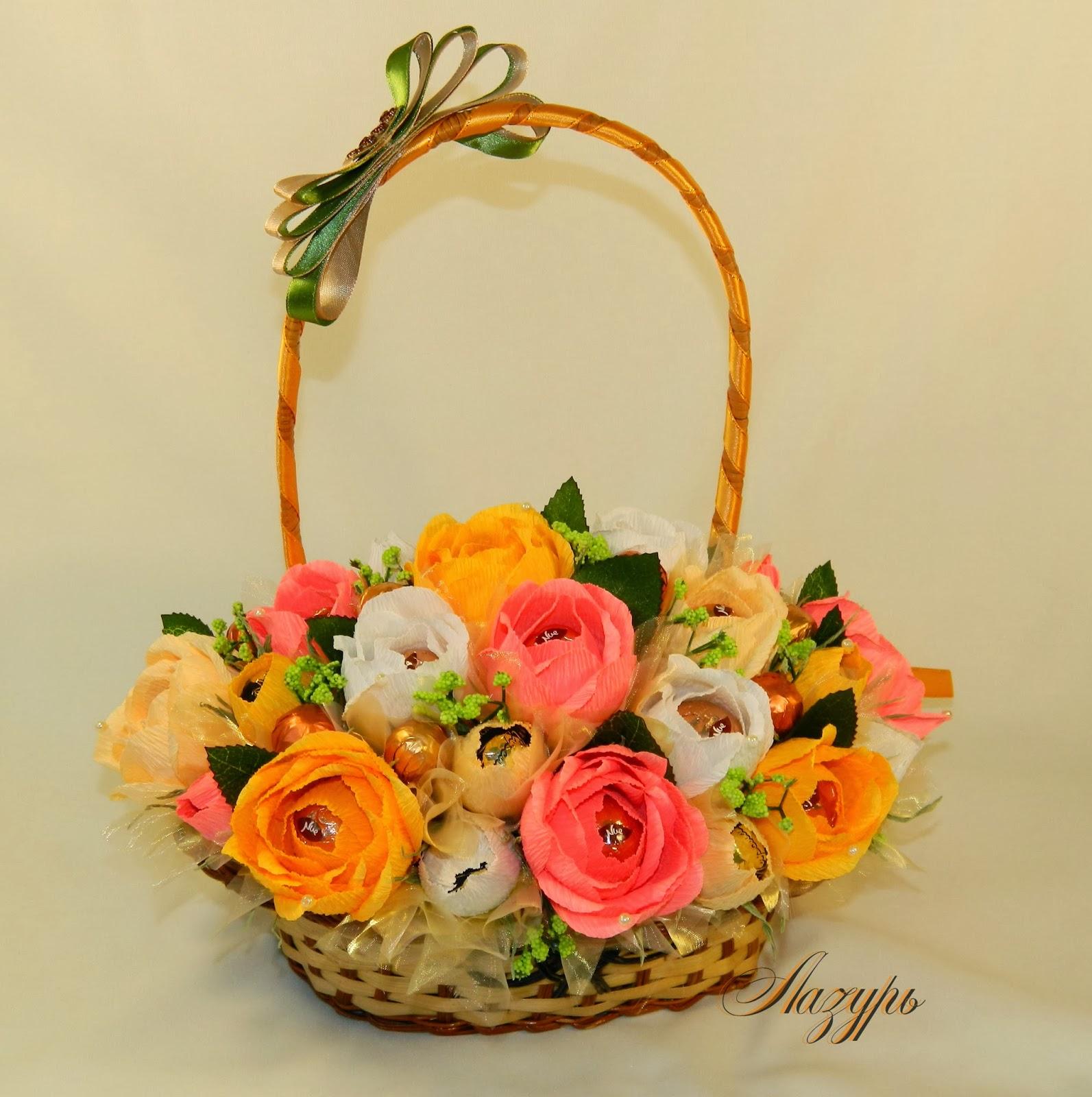 Композиция «Корзина с цветами из конфет» Мастер-класс своими руками 90
