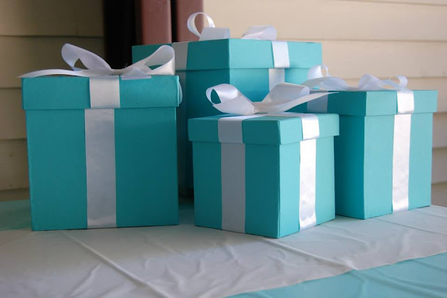 Tiffany & Co. DIY boxes