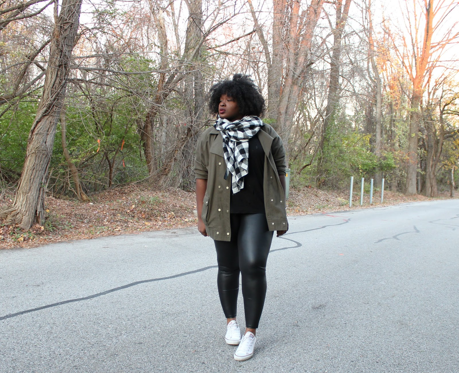 full-proof-travel-outfit-forever21-distressed tee-faux-leather-leggings-white-chuck-taylor