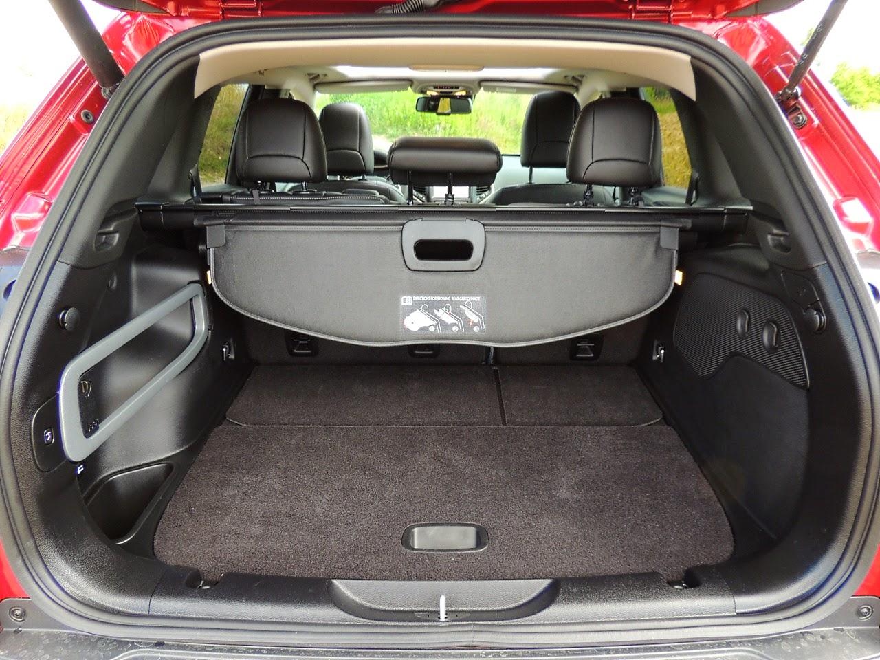 Jeep Cherokee - komora bagażnika