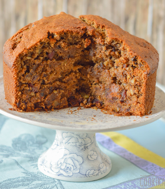 Walnut and Dates Cake