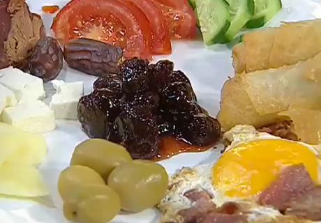 Paçanga Böreği ve Pastırmalı Yumurta Nasıl Yapılır - Oktay Usta yapılışını anlatıyor