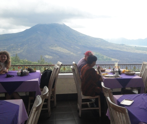 Lunch at Kintamani Restaurant