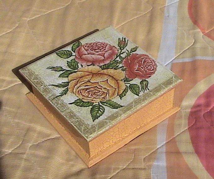 Miraz , Articulos Decorativos Caja con rosas