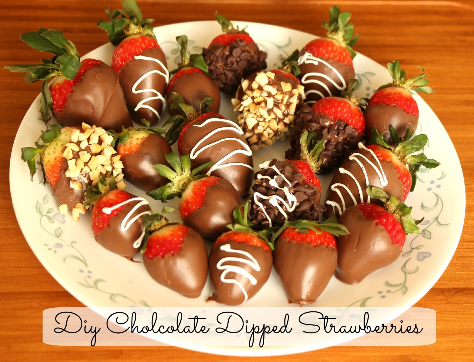 DIY Gourmet Chocolate Dipped Strawberries. Valentine's day Treat. Romantic dessert or Fun food for any occassion.