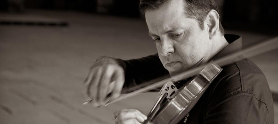 Maestro Adriano Machado