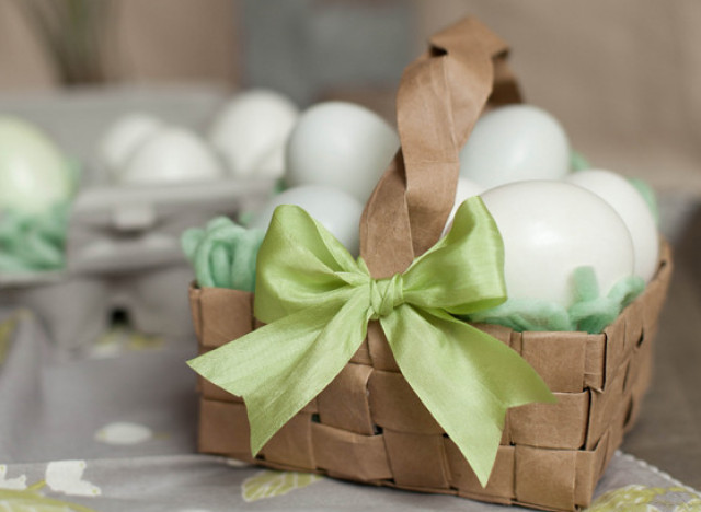How To Make A Woven Easter Basket : Interior design make an easter basket from a paper bag