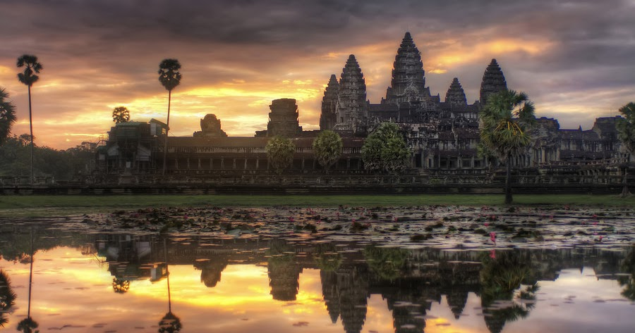 Architecture angkor wat art for your wallpaper for Wat architecture