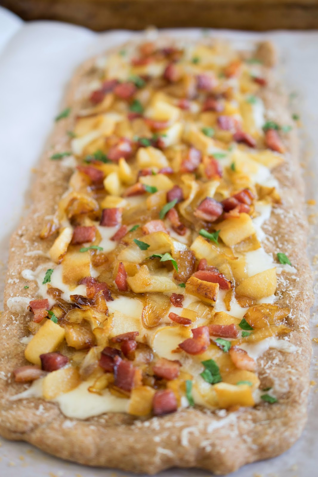 Caramelized onion, apple and bacon flatbread pizza
