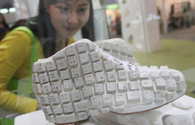 Creative and Cool Reuse of Old Computer Keyboards (30) 1