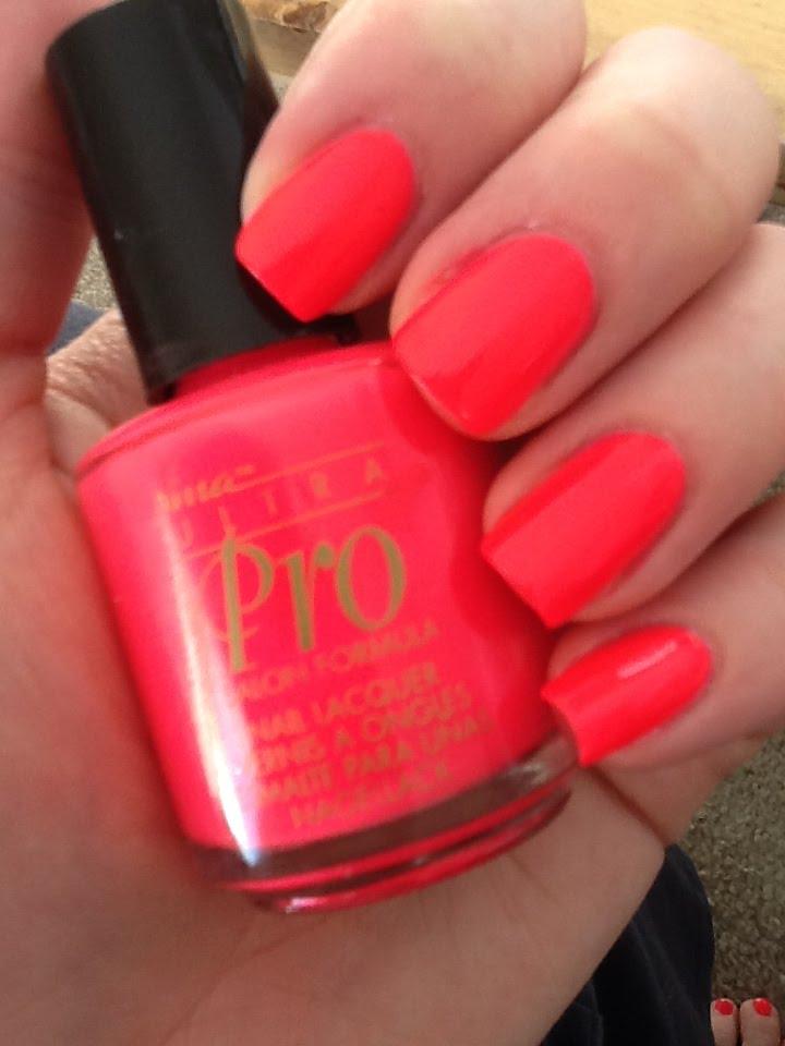 Nat\'s Makeup Stash: NINA ULTRA PRO: Punki Pink (neon)