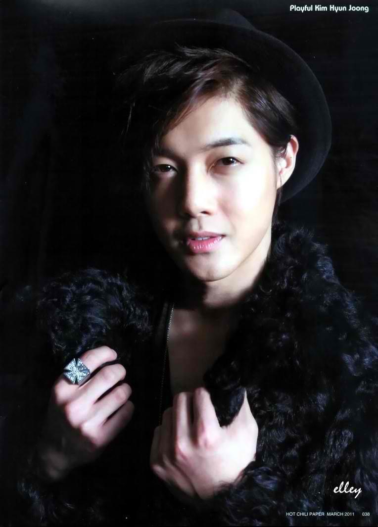 Kim Hyun Joong Kim-Hyun-Joong-Hot-Chili-Paper-2