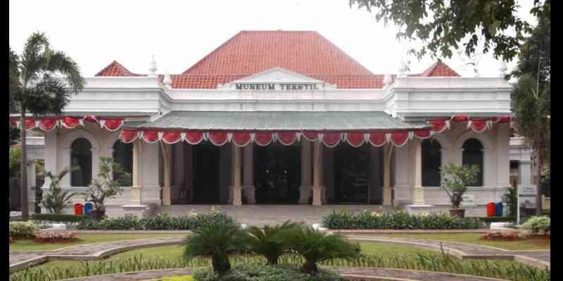 Museum Tekstil Jakarta: Museum Tekstil Terbesar di Indonesia