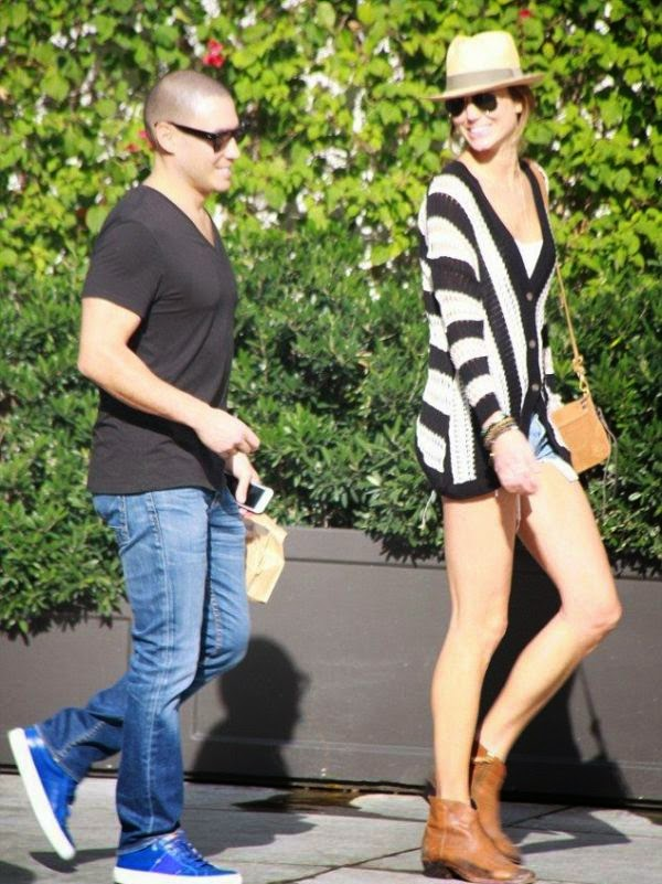 This is what we like to see - Stacy Keibler getting out the house and enjoying a beautiful day at Beverly Hills on Thursday, January 22, 2015.
