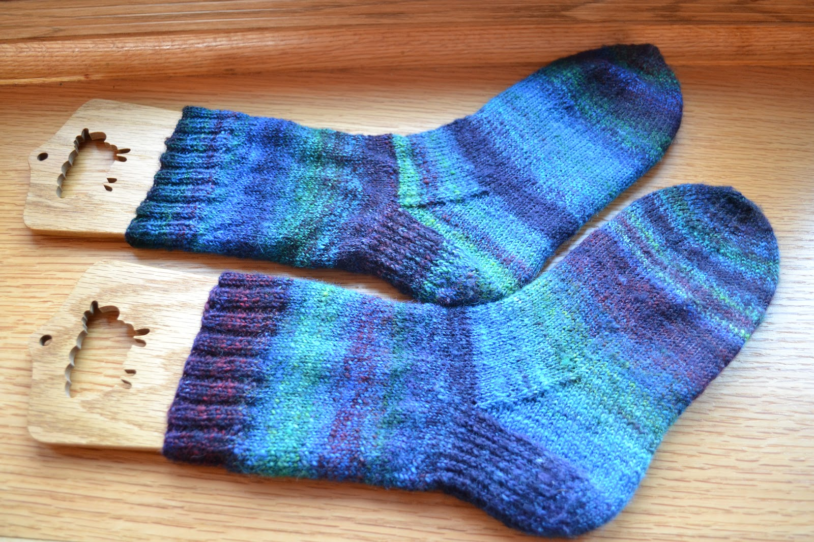 Sock Knitting Pattern : ... Dyeabolical superwash wool roving, sock blockers from The Loopy Ewe