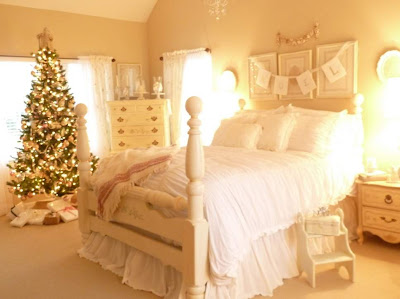 Cool 2012 Christmas Bedroom Decorating Ideas